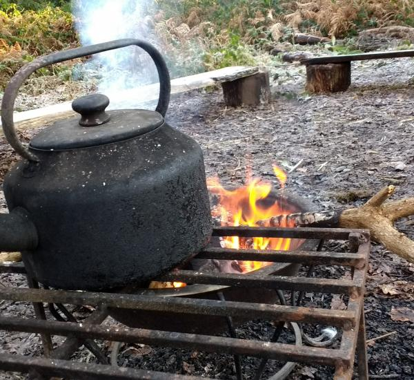 The outdoor kettle is on